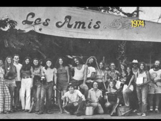 "A trailer gives us an extended preview of Nancy Higgins' ""Viva Les Amis"", a documentary lamenting the loss of an Austin cafe featured in ""Slacker."""