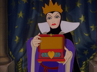 The Wicked Queen is disappointed to find this heart-sized box missing Snow White's heart.