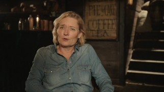 Director Kari Skogland, the woman behind the Sons of Liberty, discusses the miniseries.