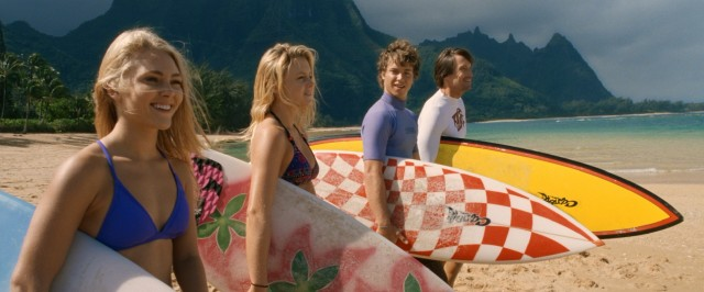 Ain't nothin' horrible gonna happen today. Bethany Hamilton (AnnaSophia Robb) is all smiles as she prepares to take a Halloween surf with her best friend (Lorraine Nicholson) and her family (Jeremy Sumpter, Kevin Sorbo).