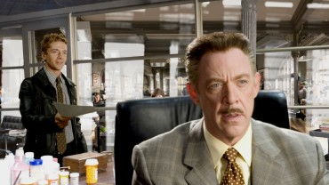 The Spider-Man 3 Blu-ray menu tour makes a stop at the Daily Bugle, pausing on Eddie Brock and J. Jonah Jameson.
