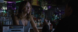 Criminal turned bartender Riley (Malin Akerman) is happy to reconnect with Will, but reluctant to return to their old ways.