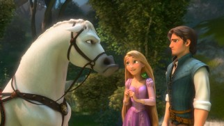 Rapunzel manages to coordinate a truce between palace guard stallion Maximus and his criminal target Flynn Rider.