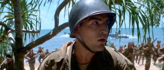 Among the American soldiers arriving on the shore of Guadalcanal is wife-missing Private Bell (Ben Chaplin).