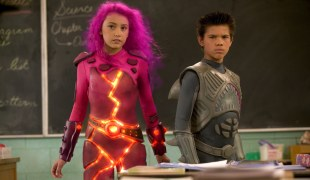 The original two Taylors: Taylor Dooley and Taylor Lautner played Lavagirl and Sharkboy respectively.