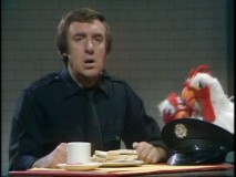 Jim Nabors' accent is the source of animal-laden hilarity in this sketch with Rowlf.