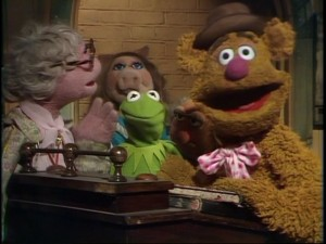 Backstage mayhem with Hilda, Miss Piggy, Kermit, and Fozzie.