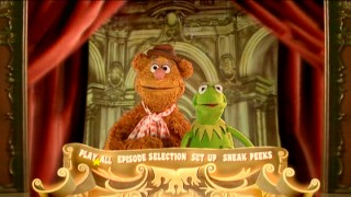 Longtime pals Fozzie Bear and Kermit the Frog host the Main Menu of Disc 1 and 3, though they don't exactly see eye-to-eye on the extent of their duties.