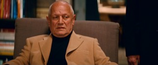 Vengeful gangster Reginald Shaw (Steven Berkoff) wants his money back and will go to great lengths to get it.
