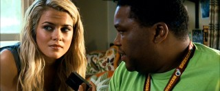 Just your typical hot 20-something Aussie decoder, Maggie (Rachael Taylor) brings a stolen memory card to the attention of her video game-playing pal Glenn (Anthony Anderson).