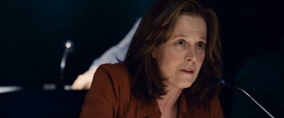 Sigourney Weaver delivers a stellar performance as CNN-- er, GNN producer Rex Brooks in Vantage Point.
