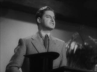 On the run, Richard Hannay (Robert Donat) delivers an impassioned impromptu crowd-rallying speech about nothing and everything.