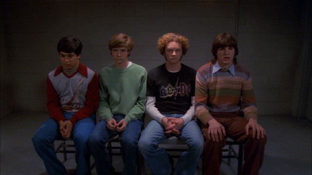 "The guys of ""That '70s Show"" (Wilmer Valderrama, Topher Grace, Danny Masterson, and Ashton Kutcher) are arrested for driving a stolen car."
