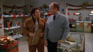 Red (Kurtwood Smith) finds work as a holiday salesman for neighbor/friend Bargain Bob Pinciotti (Don Stark).