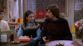 Jackie (Mila Kunis) and Kelso (Ashton Kutcher) form Season 1's more frivolous secondary couple.