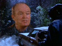 Red (Kurtwood Smith) shares his kitty litter wisdom to Eric in a snowy skip trip vision.