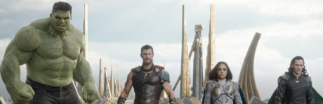 Thor: Ragnarok movie review