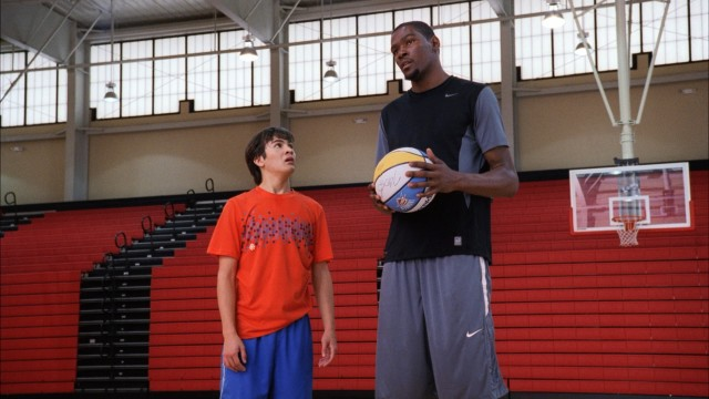 Brian Newall (Taylor Gray) looks up to Kevin Durant in more ways than one.