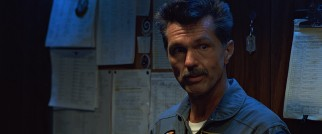 "The incomparable Tom Skerritt plays Mike ""Viper"" Metcalf, Maverick's experienced commanding officer."