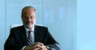 CIA agent Harold Attinger (Kelsey Grammer), the film's villain, takes any means necessary to protect the nation.