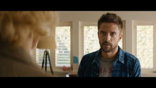 Mike Smith (Topher Grace) pops up at Mary Mapes' house in this deleted scene.