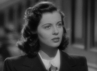 In her first leading role, Gail Russell plays 20-year-old Stella Meredith, who is drawn to the Windward House.