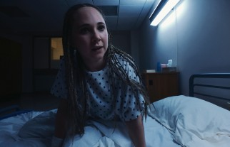 Fellow patient Violet (Juno Temple) makes Sawyer feel uncomfortable immediately.
