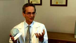 Published author and UCLA professor Gary W. Small, M.D. classes up the featurettes with his brain talk.