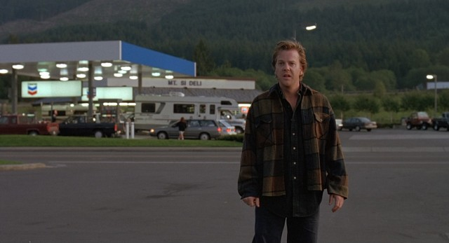 Three years later, Jeff Harriman (Kiefer Sutherland) returns to the Mount St. Helens gas station where his girlfriend disappeared.
