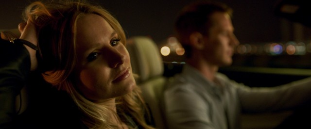 Veronica Mars (Kristen Bell) returns to narrated private investigation in her hometown Neptune in the 2014 revival film bearing her name.