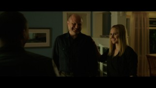 Enrico Colantoni and Kristen Bell crack up in the gag reel.