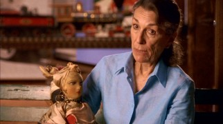 Among the relatives interviewed are Walt Disney's daughter Diane Miller, who displays the two dolls her parents brought back for her and her sister.