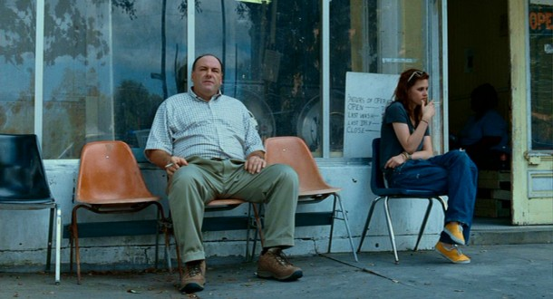 Down in New Orleans, Midwestern businessman and husband Doug Riley (James Gandolfini) enters into an interesting arrangement with 16-year-old runaway stripper/prostitute Mallory (Kristen Stewart).