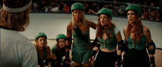 The Hurl Scouts (Eve, Drew Barrymore, Kristen Wiig) and Razor find themselves at a strategic disagreement in the middle of their championship match.