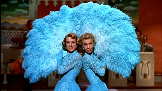 Sisters... there were never such devoted sisters as Betty (Rosemary Clooney) and Judy Haynes (Vera-Ellen).