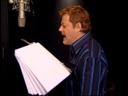 "Eddie Izzard lends his voice to Nigel, seen here in the ""Eddie Izzard Unleashed"" featurette."