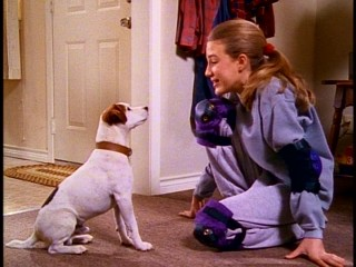 Samantha (Christie Abbott) thanks Wishbone for revealing the hidden talent of her fellow product of divorce.