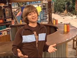 Clean-shaven in contrast to his feature appearance as a bearded hermit, Jason Earles (a.k.a. Jackson Stewart) hosts the Guide to Making Wishes and also introduces the Hannah Montana episode of the disc.