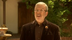 Leonard Maltin turns on the fast talking and enthusiasm for his Disc One intro, his only one on this Season 1 set.