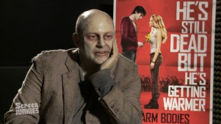 Rob Corddry gives Screen Junkies some insight into his method acting in an amusing short.