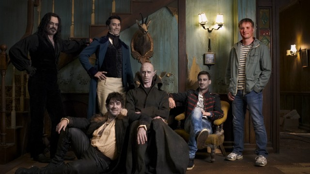 "The vampires of ""What We Do in the Shadows"" (Jemaine Clement, Taika Waititi, Jonathan Brugh, Ben Fransham, Cori Gonzalez-Macuer) and Stu (Stu Rutherford) pose for a lovely group photograph."