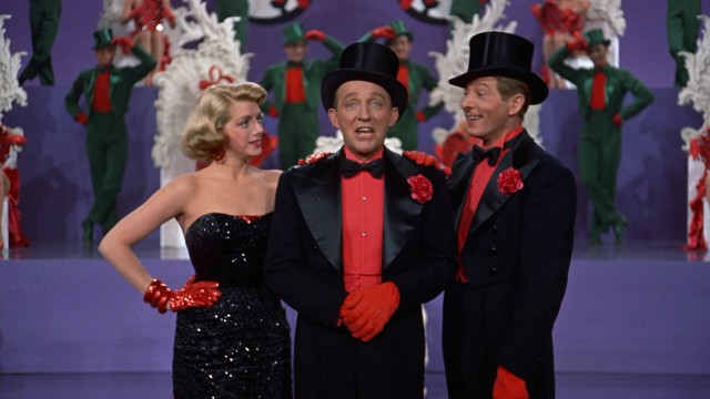 Betty Haynes (Rosemary Clooney), Bob Wallace (Bing Crosby), and Phil Davis (Danny Kaye) put on a Technicolor show for the few people staying at the Columbia Inn.