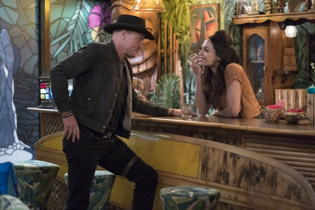 Tallahassee (Woody Harrelson) seems to have met his match in a Graceland resident calling herself Nevada (Rosario Dawson).