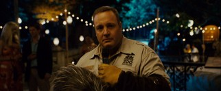 In the midst of an engagement party toast, lead zookeeper Griffin Keyes (Kevin James) is stunned to see a former love.